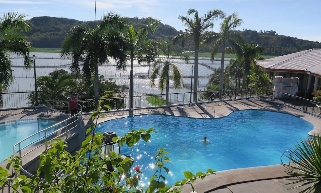 https://www.facebook.com/pages/Kuhala-Bay-Resort/1898959933677861