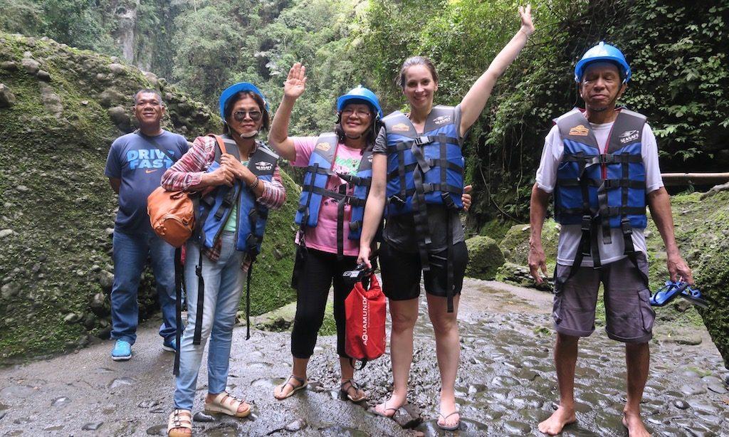 Touristen am Pagsanjan Wasserfall