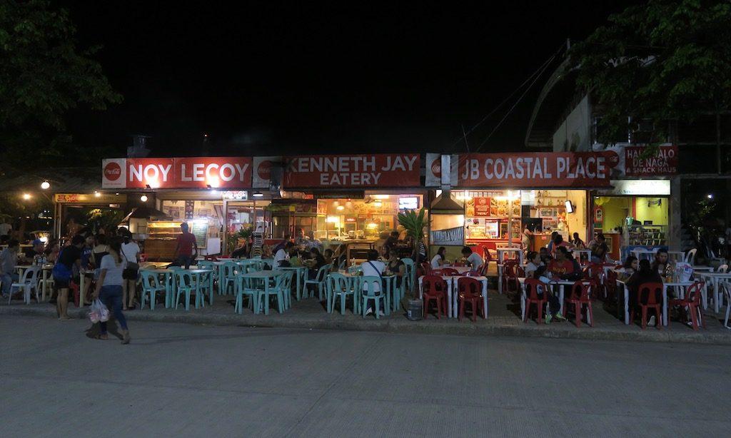 Fressbuden am Boardwalk in Naga City, Cebu