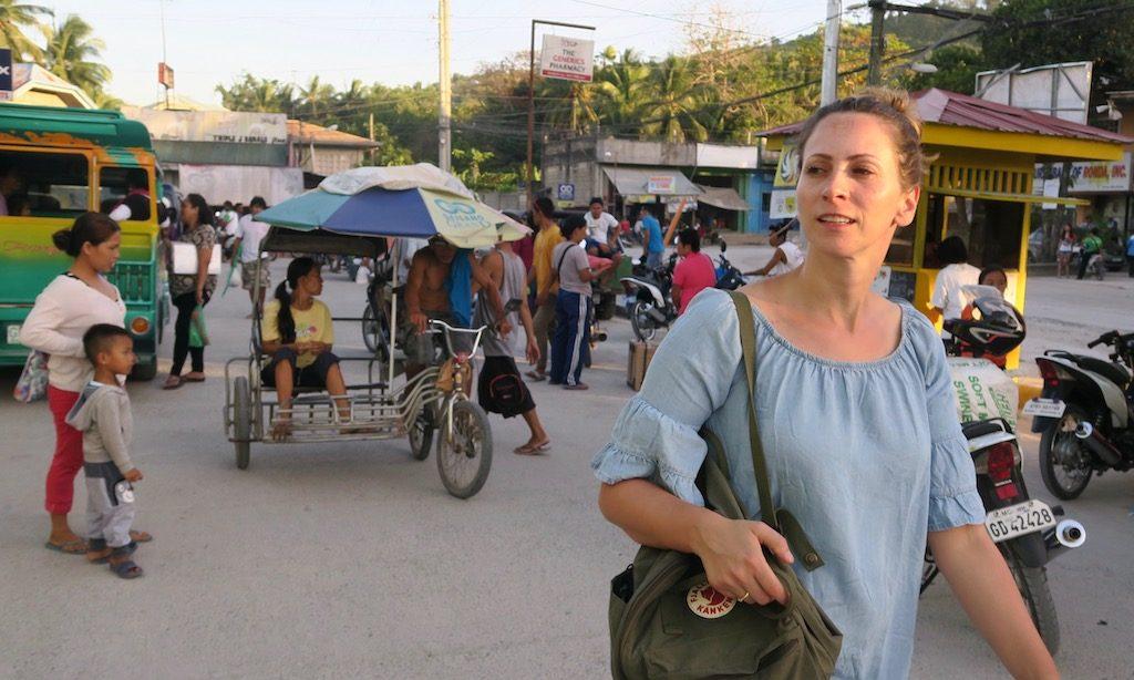 Ein deutsche Frau auf dem Public Market in Ronda