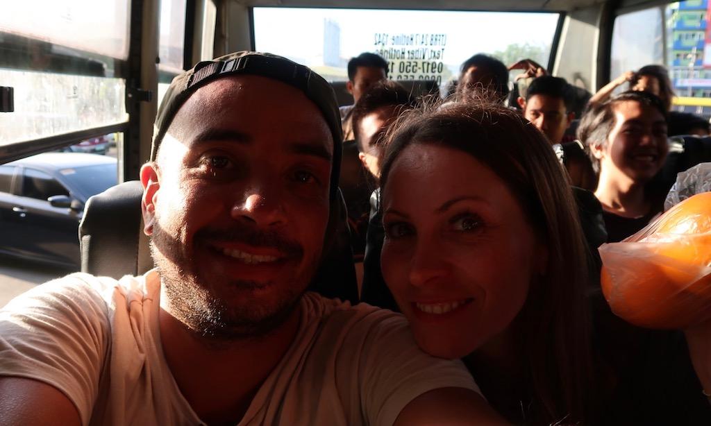 Benda und Maus Seif im Ceres Bus in Cebu