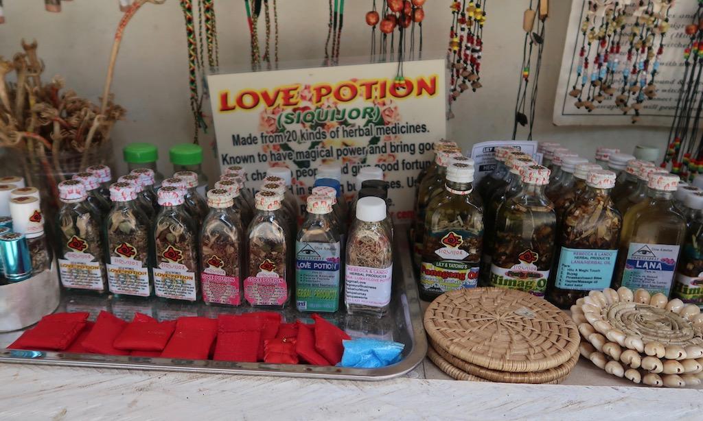 Love Potion am Souvenir-Stand auf Siquijor