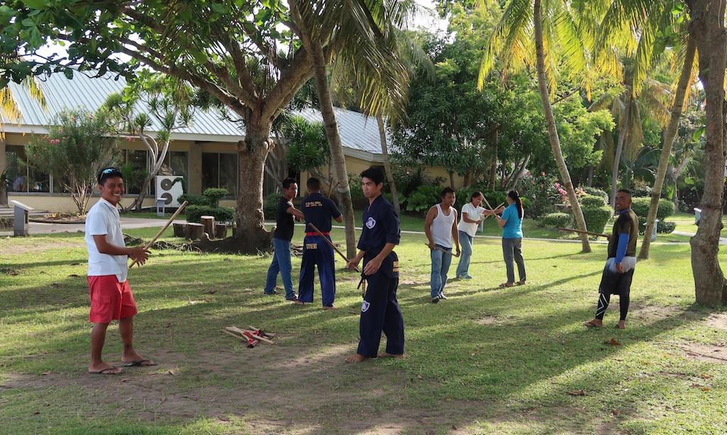 Philippinischer Stockkampf - Training mit guten Vibes