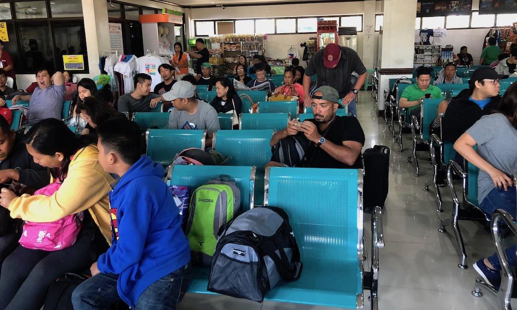 Wartebereich Sibulan Airport Dumaguete